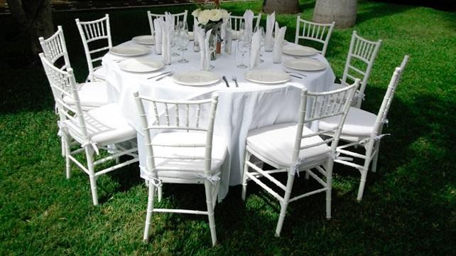 Renta de sillas y mesas eventos y fiestas renta le n for Mesas y sillas para xv anos