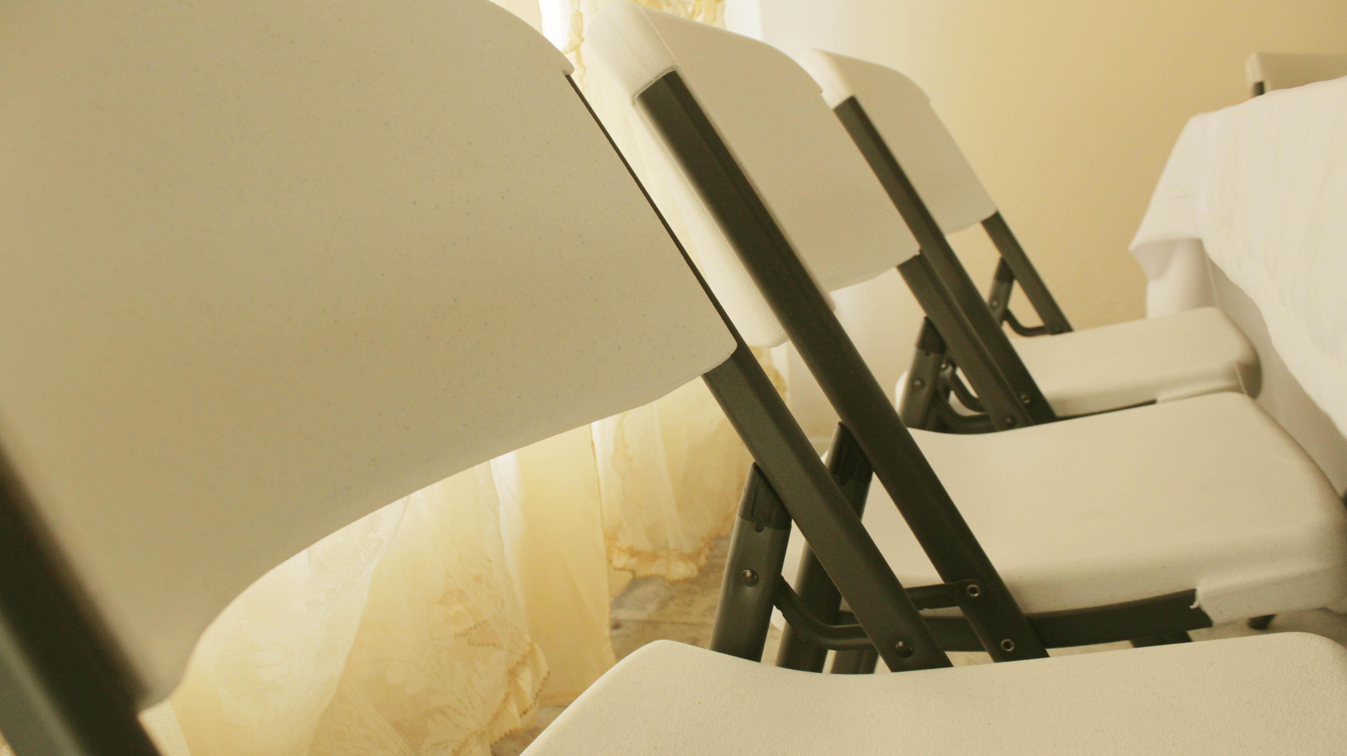 Renta de sillas de pl stico alta calidad renta le n - Mesas y sillas de plastico ...